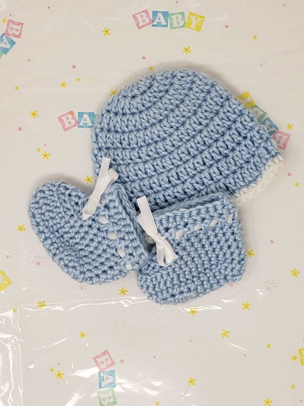 Blue newborn booties and hat set